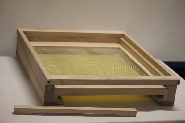 Herold Holzbeute komplett 7 tlg. Flachboden mit Keil und Schieber, 3 Zargen, Iso Deckel